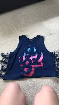 Blue and pink minnie mouse print tank top Kennewick, 99337
