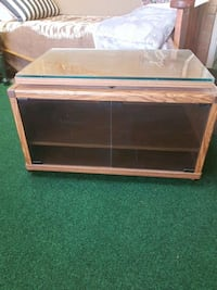 TV STAND St. Catharines, L2M 6V3