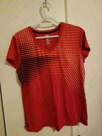 Woman's top size x-large  Abbotsford, V2S 1K8
