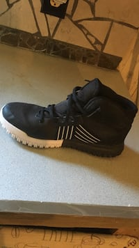 Size 10 rocawear shoes Killeen, 76543