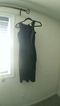 Charlotte Russe long cocktail dress Guelph, N1E 6Z3