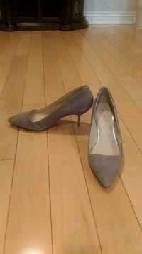 Shoes - Size 8  Mississauga, L5N 5T7