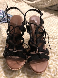 Size 8 wedges Baltimore, 21230