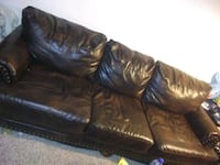 Used Leather Couches  1464 mi