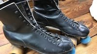 pair of black leather boots Phoenixville, 19460