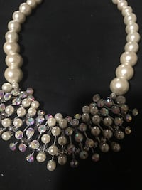 Beautiful necklace , nice wedding jewelry Harpers Ferry, 25425
