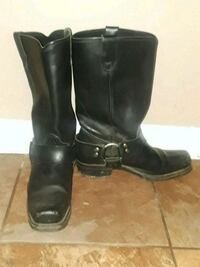 pair of black leather boots Alexandria, 22302