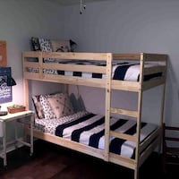 Bunk beds with mattresses  Oregon City, 97045