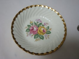 Serving plate for all occasion