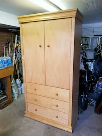Wardrobe and drawer units Guelph, N1H 2Z3