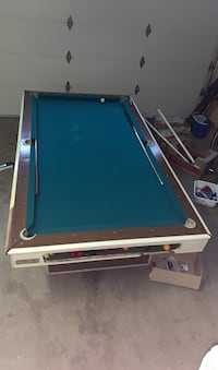 Pool table (everything included: cue stand, cues, bridge stick, balls)