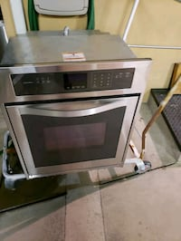 24X28 Built in Electric Oven Los Angeles, 91401