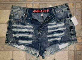 Size 8 NEW W/ TAGS RIPPED SHORTS Jeans Denim