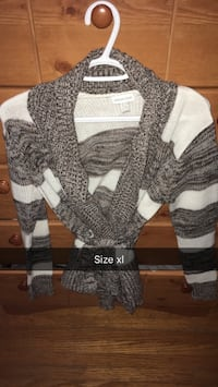 Women's white and gray knitted cardigan Kingston, K7M 4G6