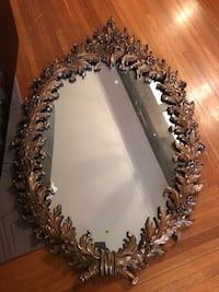 Rustic Gold floral wall mirror no chips or cracks!! Like new! Walton, 41094