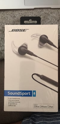 Unopened plastic sealed Bose Soundsport in-ear headphones Washington, 20017