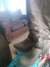 pair of brown leather boots Wichita, 67207