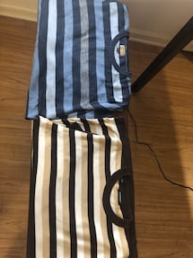 2 men's seaters. Striped. Large