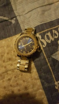 Gold watch perfect conditions  Merced, 95340
