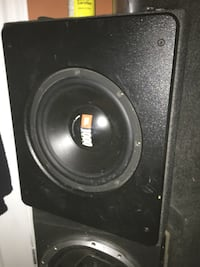 Subwoofer sale Ajax, L1T 4X9