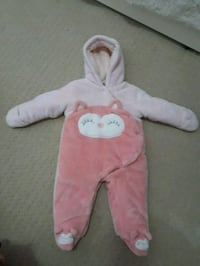 baby's pink footie pajama 3-6 months Burnaby, V5C 6V1