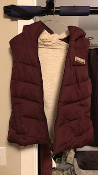 HOLLISTER VEST SUPER WARM Calgary, T2Z