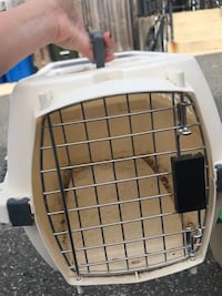 Travelers dog or cat crate