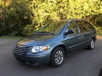 Chrysler - Town and Country - 2006 Norwalk, 06851