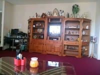 entertainment Center Oxon Hill, 20745