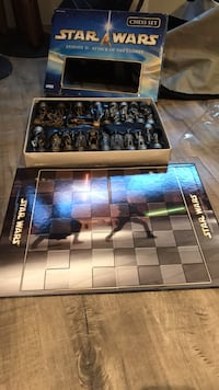 Star Wars Episode 2 Attack of the Clones Chess Set Coquitlam, V3J 1W3