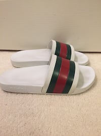 Size 10 Gucci slides with box and dust bags  Sterling, 20164