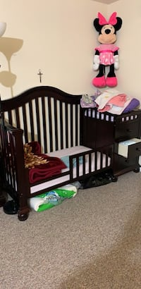 baby's brown wooden crib Bladensburg, 20710