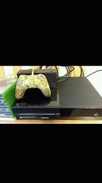 XBox One console with controller Chula Vista, 91910