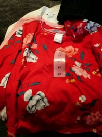 red and white floral button-up shirt Union Gap, 98903