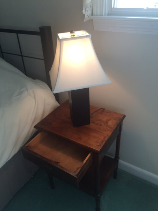 Nightstand and lamp dfb15342-5640-4f49-800a-935d879b4d28