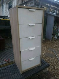 Dresser 18 x 17 n 43 inch tall.  300 other  items. 530 mi