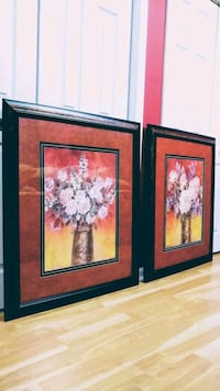 Set of 2 matching large picture frame.