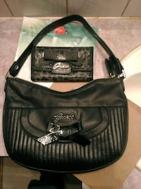 Lightly used Guess purse and wallet Hamilton, L9C 2T8