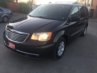 2011 CHRYSLER TOWN AND COUNTRY Brampton