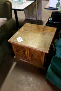 brown wooden side table with drawer Albuquerque, 87121