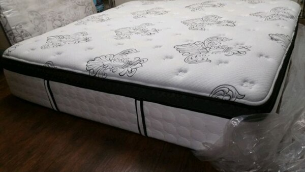 Brand New king mattress eurotop.delivery 50$ 749e5b61-4cb3-48ef-91df-aa247b6eaeda