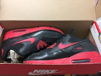 black-and-pink Nike Air Max shoes Ellicott City, 21043