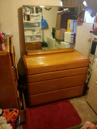 brown wooden dresser with mirror Front Royal, 22630