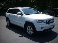 2011 Jeep Grand Cherokee 4WD 4dr Limited NICE!! Saratoga Springs, 12866