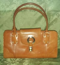 Preston and York purse Rockville, 20850
