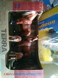 Brand new quarter horse toy play set by terra by battat Toronto, M4C 4X6