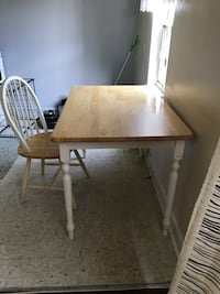 Kitchen table and chair Toronto, M8V 1G8
