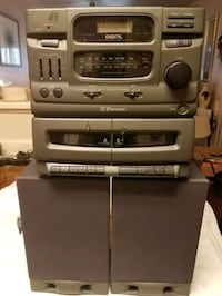 Emerson CD player and Dual Cassette Stereo with Sp Las Vegas, 89101