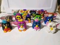 assorted-color plastic toy lot 552 km