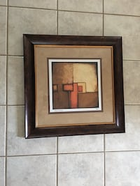 Pictures in frames  Skokie, 60077